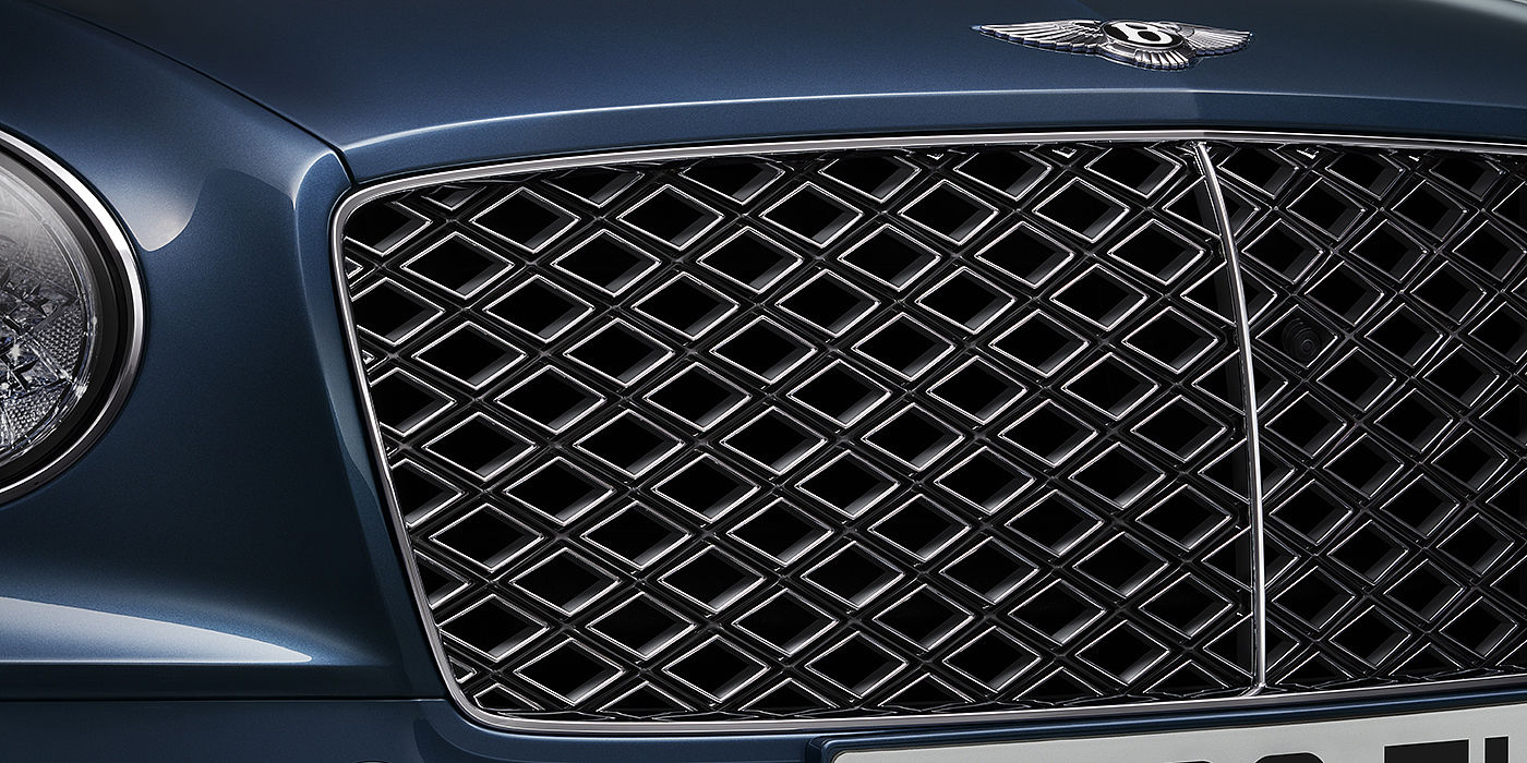 Bentley-Continental-GT-V8-Mulliner-Convertible-chrome-grille-detail-and-Blue-Crystal-paint